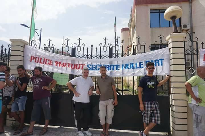 Marche contre la construction d'un Célibatorium à Aokas le 15 septembre 2018 - Page 2 10352