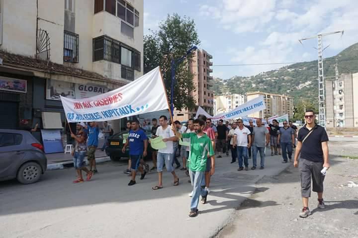 Marche contre la construction d'un Célibatorium à Aokas le 15 septembre 2018 - Page 2 10360