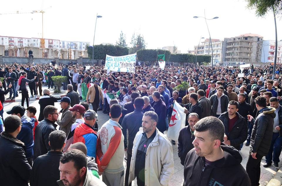 imposante marche contre le 5e mandat de Bouteflika à Bejaia le vendredi 22 février 2019 1186