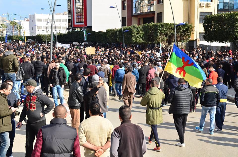 imposante marche contre le 5e mandat de Bouteflika à Bejaia le vendredi 22 février 2019 1189