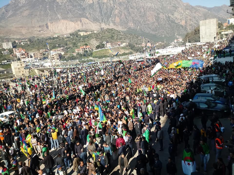 1er anniversaire du Hirak : Imposante marche à Kherrata (16 fevrier 2020) 11988
