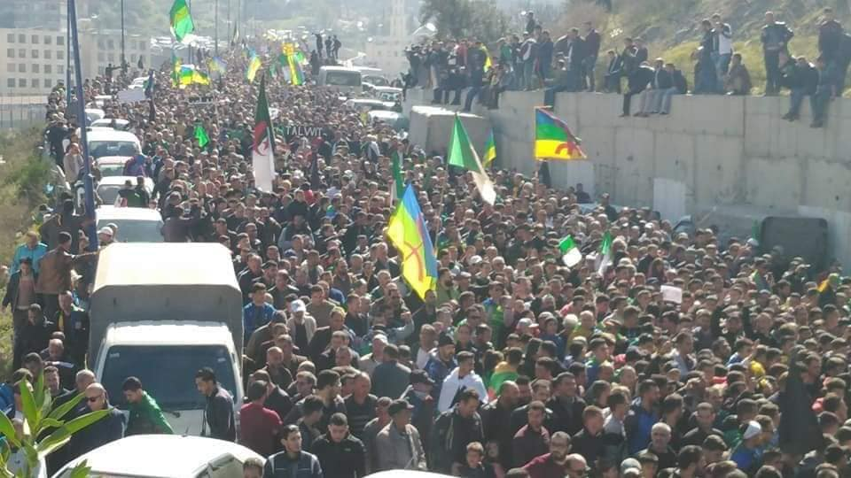 1er anniversaire du Hirak : Imposante marche à Kherrata (16 fevrier 2020) 11991