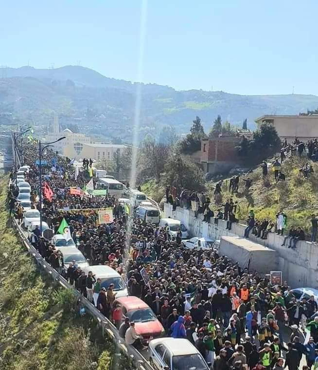 1er anniversaire du Hirak : Imposante marche à Kherrata (16 fevrier 2020) 11993