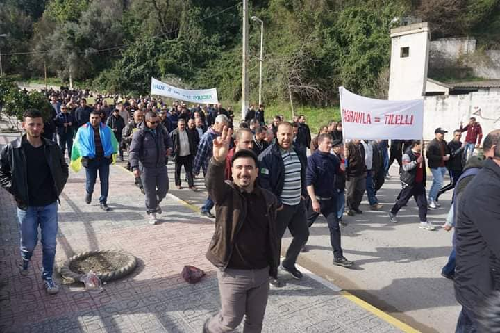 Marche à Aokas le mercredi 27 février 2019 pour exiger le départ de ce système voyou et mafieux 1395