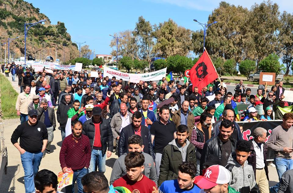 Marche contre le système à Aokas le samedi 30 mars 2019 15100
