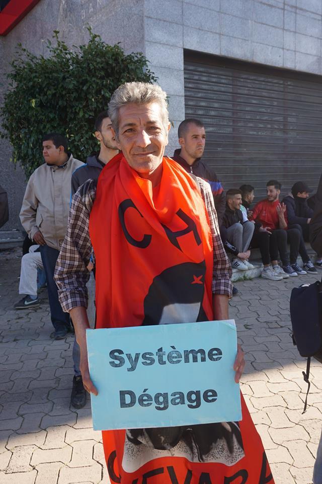 Une grandiose marche à Béjaïa le vendredi 01 mars 2019 contre le système  - Page 2 1575