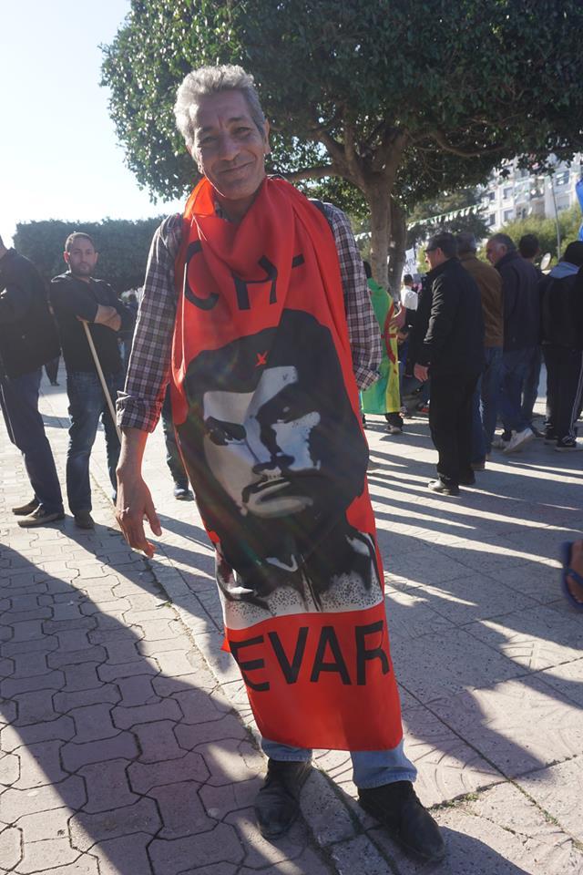 Une grandiose marche à Béjaïa le vendredi 01 mars 2019 contre le système  - Page 3 1606