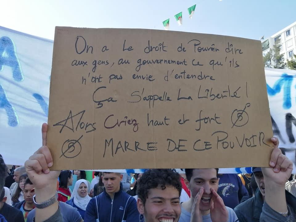 Une grandiose marche à Béjaïa le vendredi 01 mars 2019 contre le système  - Page 4 1654