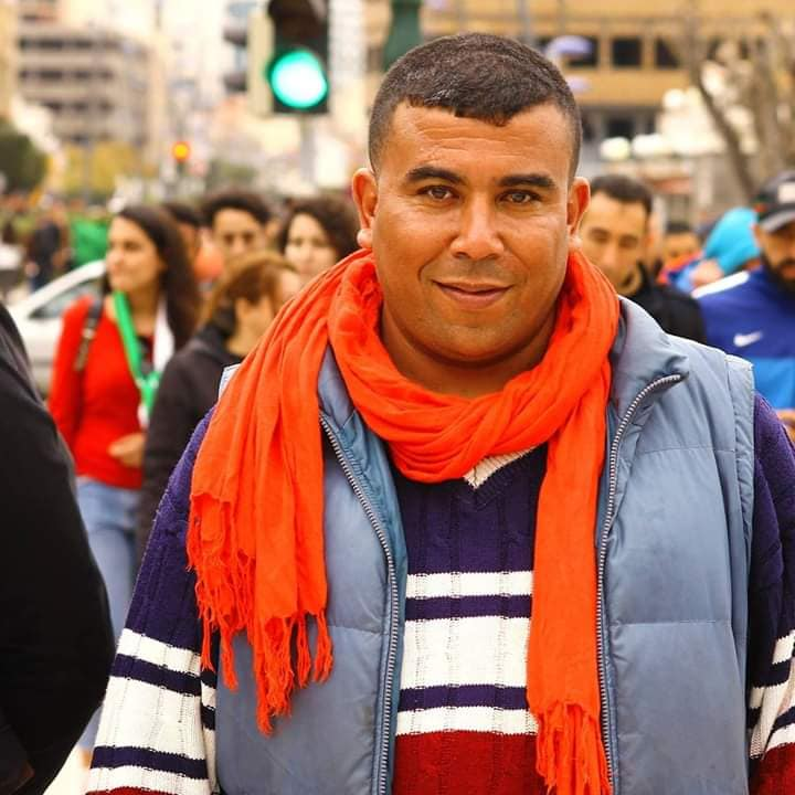 Aokas : Le militant Lyes Touati convoqué par la police 1805
