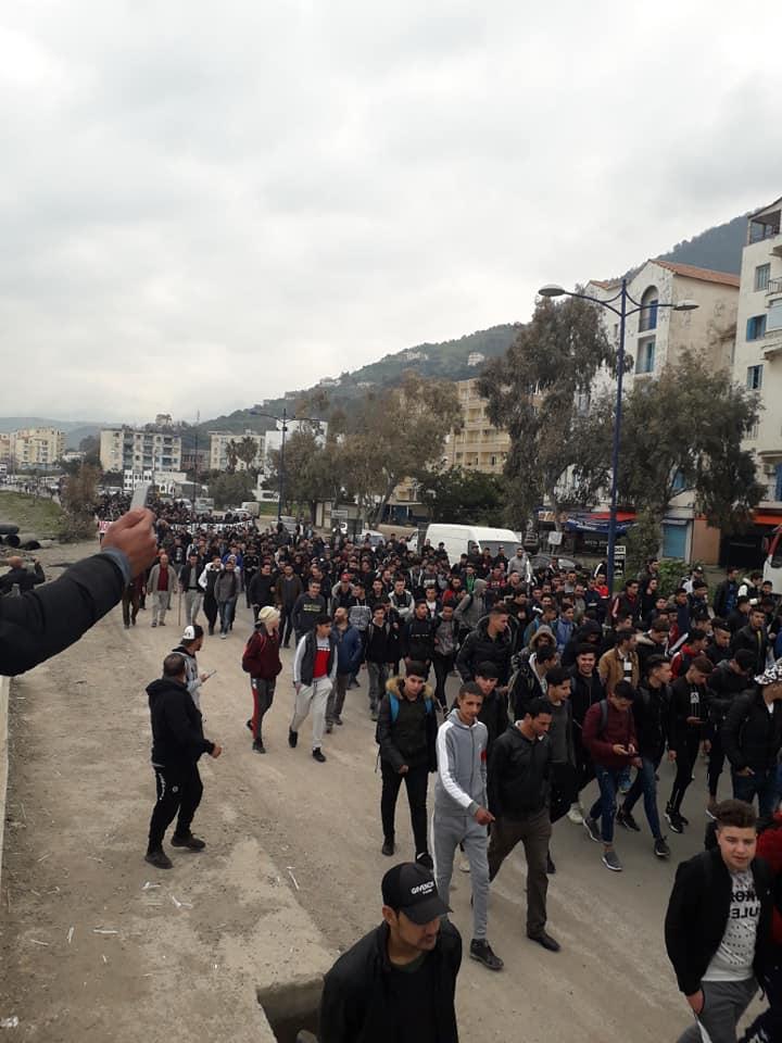 marche contre le cinquième mandat à Tichy le jeudi 21 février 2019 198