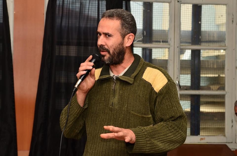 Abdelmadjid Merdaci à Aokas le samedi 08 decembre 2018 - Page 2 20185