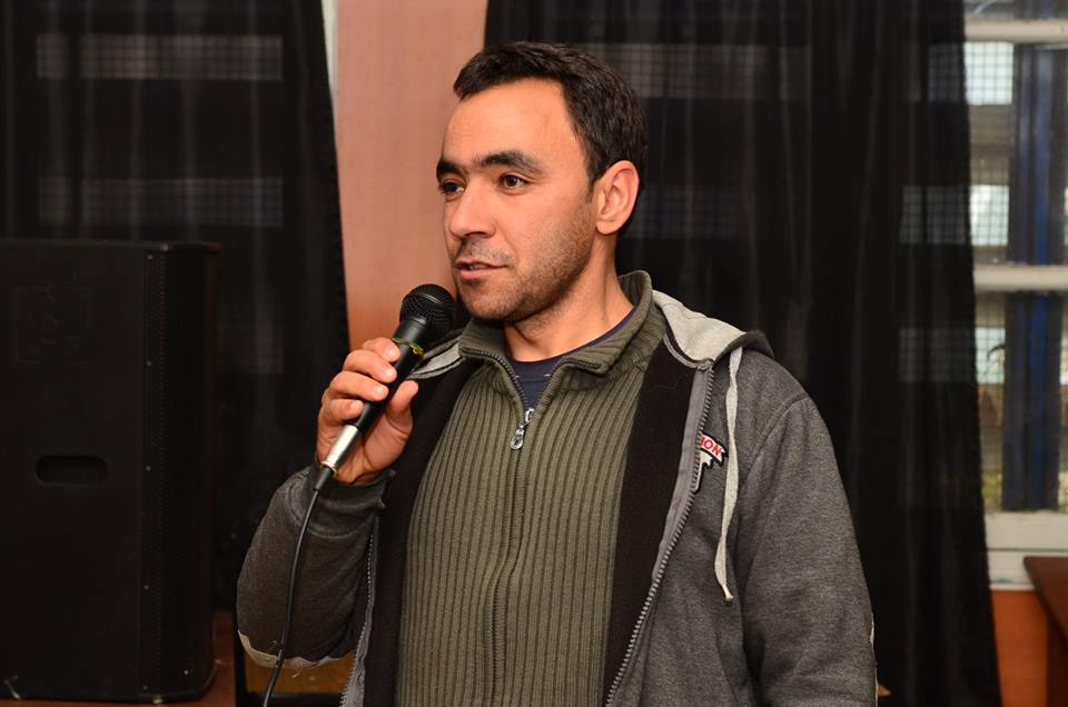 Abdelmadjid Merdaci à Aokas le samedi 08 decembre 2018 - Page 2 20186