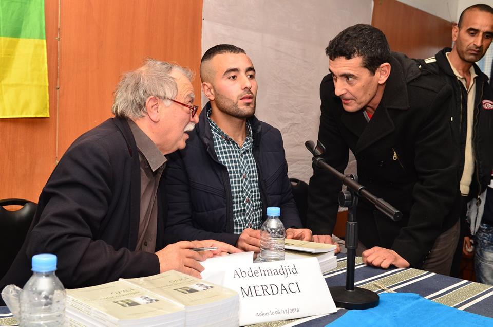 Abdelmadjid Merdaci à Aokas le samedi 08 decembre 2018 - Page 2 20189