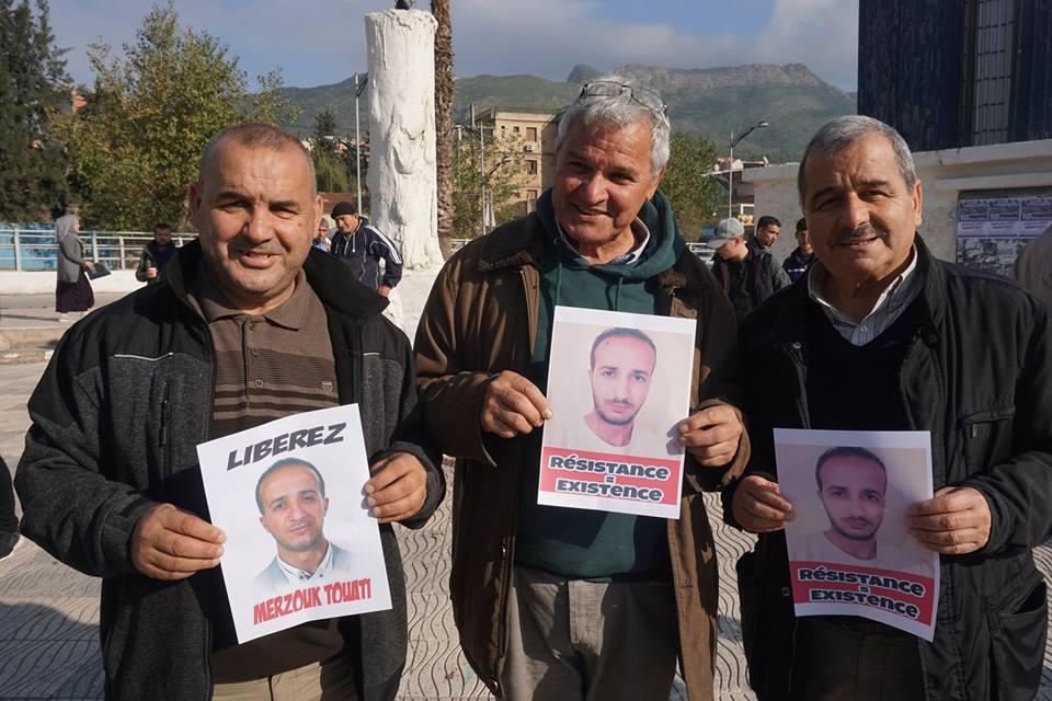 marche des libertés le 10 décembre 2018 à Bejaia pour libérer Merzouk Touati et tous les détenus d'opinion 20201