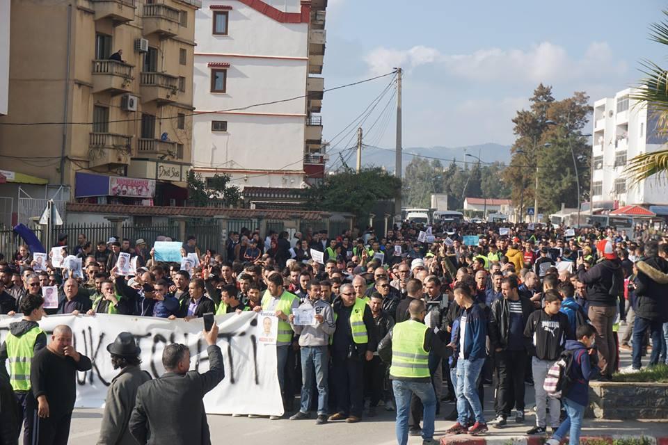 marche des libertés le 10 décembre 2018 à Bejaia pour libérer Merzouk Touati et tous les détenus d'opinion 20220