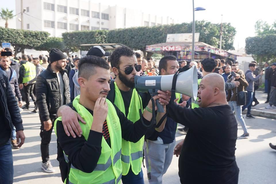 marche des libertés le 10 décembre 2018 à Bejaia pour libérer Merzouk Touati et tous les détenus d'opinion - Page 2 20224