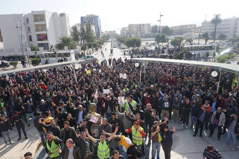 marche des libertés le 10 décembre 2018 à Bejaia pour libérer Merzouk Touati et tous les détenus d'opinion - Page 2 20227