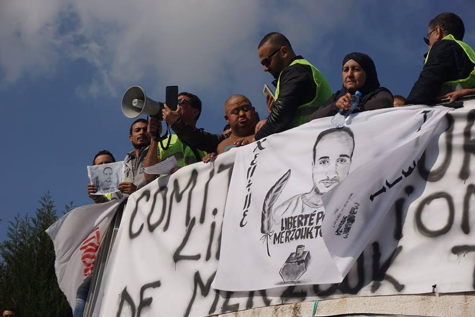 marche des libertés le 10 décembre 2018 à Bejaia pour libérer Merzouk Touati et tous les détenus d'opinion - Page 2 20228