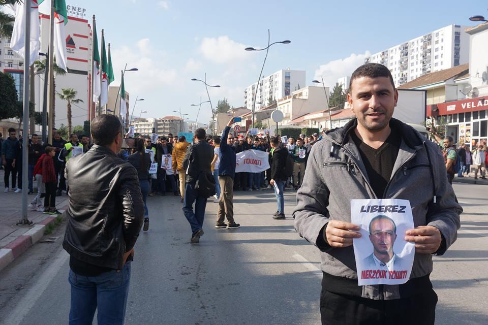 marche des libertés le 10 décembre 2018 à Bejaia pour libérer Merzouk Touati et tous les détenus d'opinion - Page 2 20236