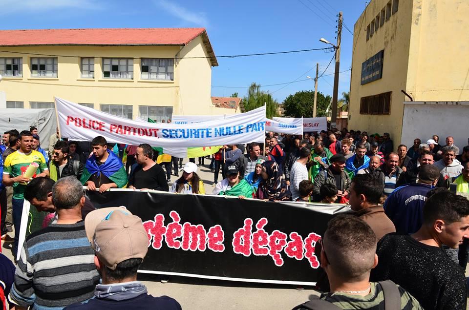 Marche contre le système à Aokas le samedi 30 mars 2019 2322