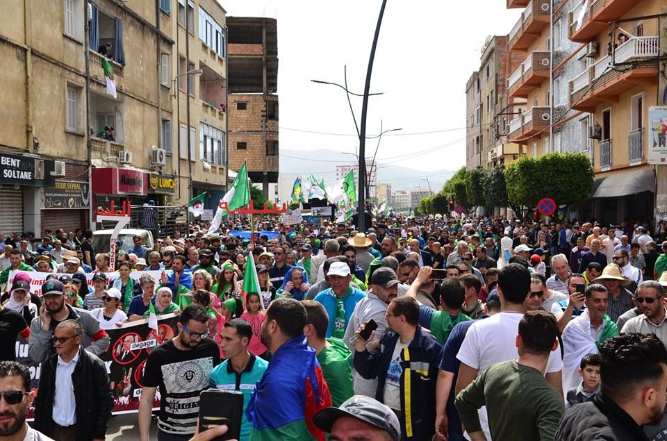 Bejaia, 17 mai 2019, treizième vendredi 2360
