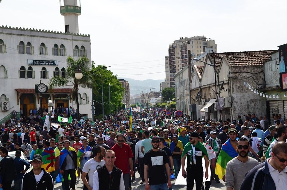 Bejaia, 17 mai 2019, treizième vendredi 2366