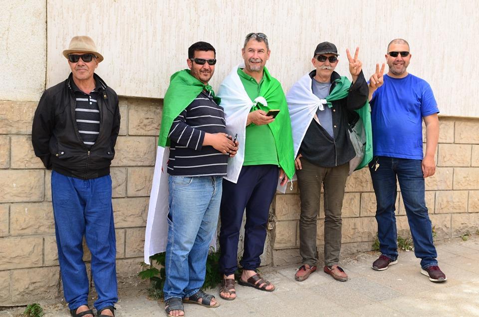 Bejaia, 17 mai 2019, treizième vendredi - Page 2 2374