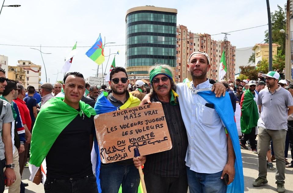 Bejaia, 24 mai 2019, Acte 14. Mobilisation massive et déterminée à faire chavirer le plan de Gaid et consorts - Page 2 2425