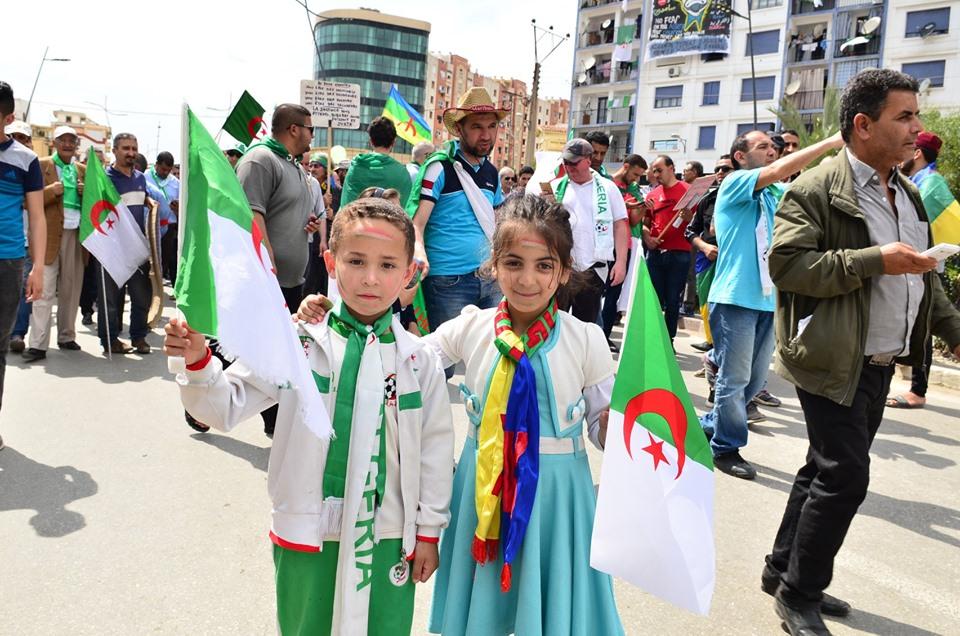 Bejaia, 24 mai 2019, Acte 14. Mobilisation massive et déterminée à faire chavirer le plan de Gaid et consorts - Page 2 2426