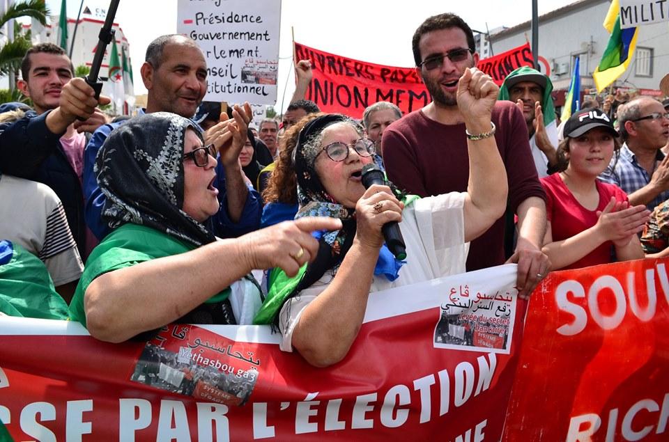 Bejaia, 24 mai 2019, Acte 14. Mobilisation massive et déterminée à faire chavirer le plan de Gaid et consorts - Page 2 2429