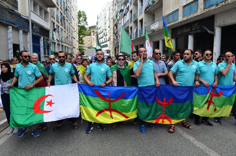 Bejaia, 24 mai 2019, Acte 14. Mobilisation massive et déterminée à faire chavirer le plan de Gaid et consorts - Page 2 2440