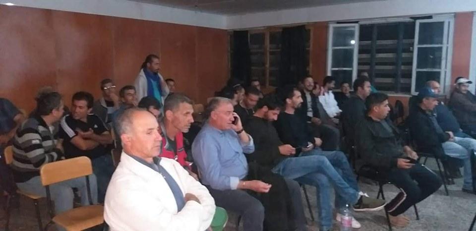 Conférence-débat autour de la révolutionnaire populaire en cours en Algérie à Aokas  2464