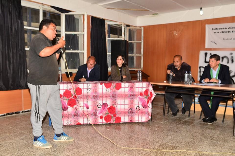 Conférence-débat autour de la révolutionnaire populaire en cours en Algérie à Aokas  2472