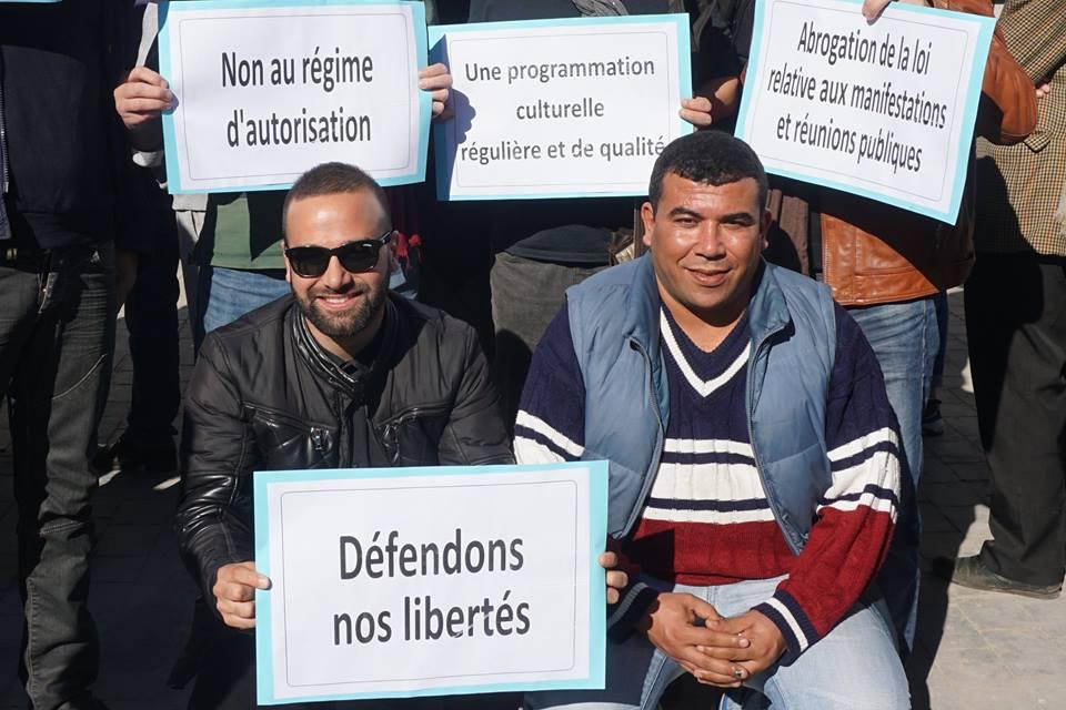 Béjaïa : Des militants se mobilisent pour la culture - Page 2 2718
