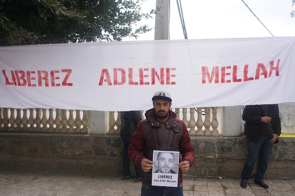 Rassemblement à Aokas pour demander la libération de Adlene Mellah et de tous les détenus d'opinion - Page 2 3514