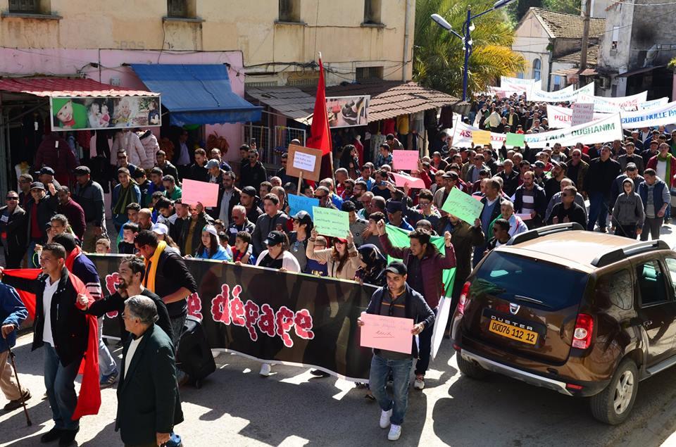Marche contre le système à Aokas le samedi 30 mars 2019 418