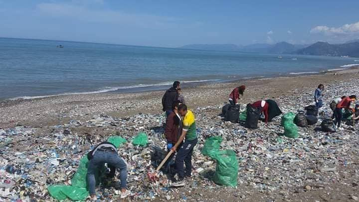 nettoyage des plages à Aokas (samedi 30 mars 2019) 424
