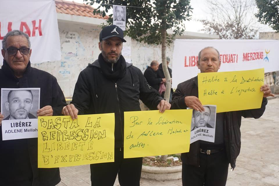Rassemblement à Aokas pour demander la libération de Adlene Mellah et de tous les détenus d'opinion - Page 2 4510