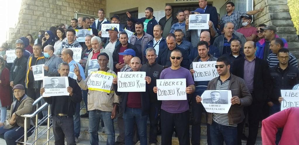Rassemblement de soutien et de solidarité avec Karim Djidjeli à Aokas le lundi 26 octobre 2020 677