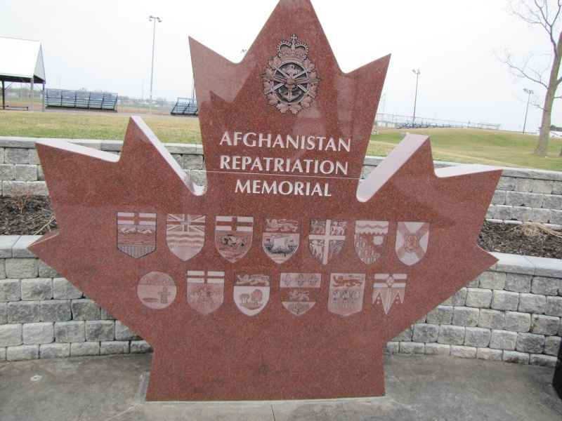Afghanistan Repatriation Memorial Trenton Ontario 009_gr10