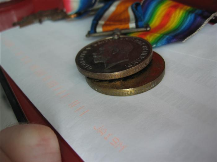 Information need on WWI medal set Img_0412