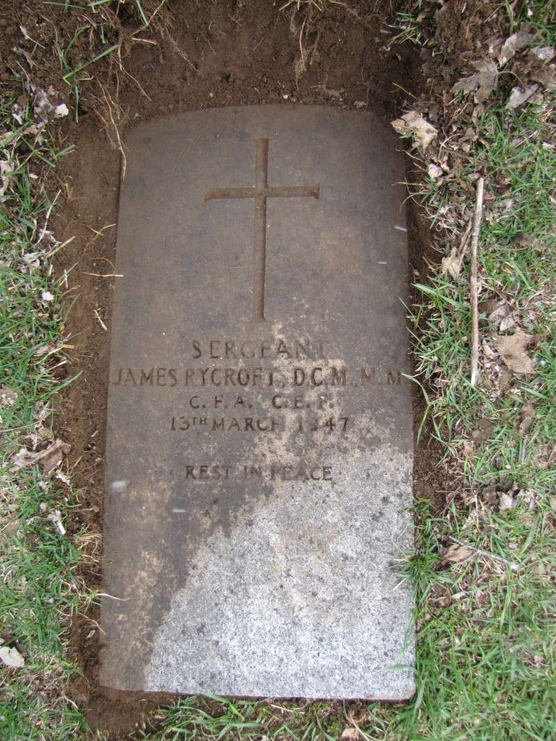 Grave stone of Sgt James Rycroft DCM MM  Img_2710