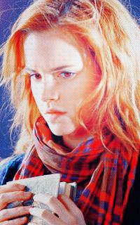 Emma Watson Psdscz10