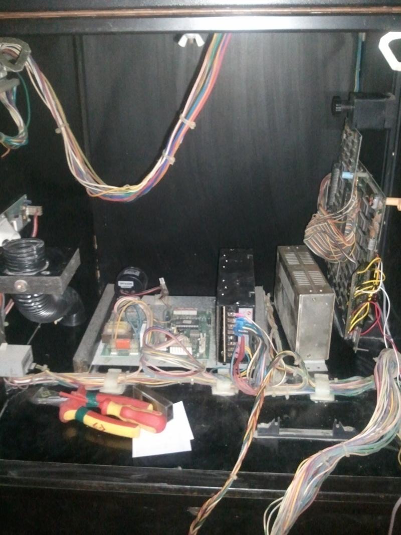 restauration borne arcade Jeutel n°2 ( Maxxx69 ) fini , la mienne ^^ Photo038