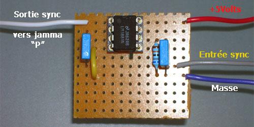 Montage d'un LM1881N, séparateur de synchro  Photo610