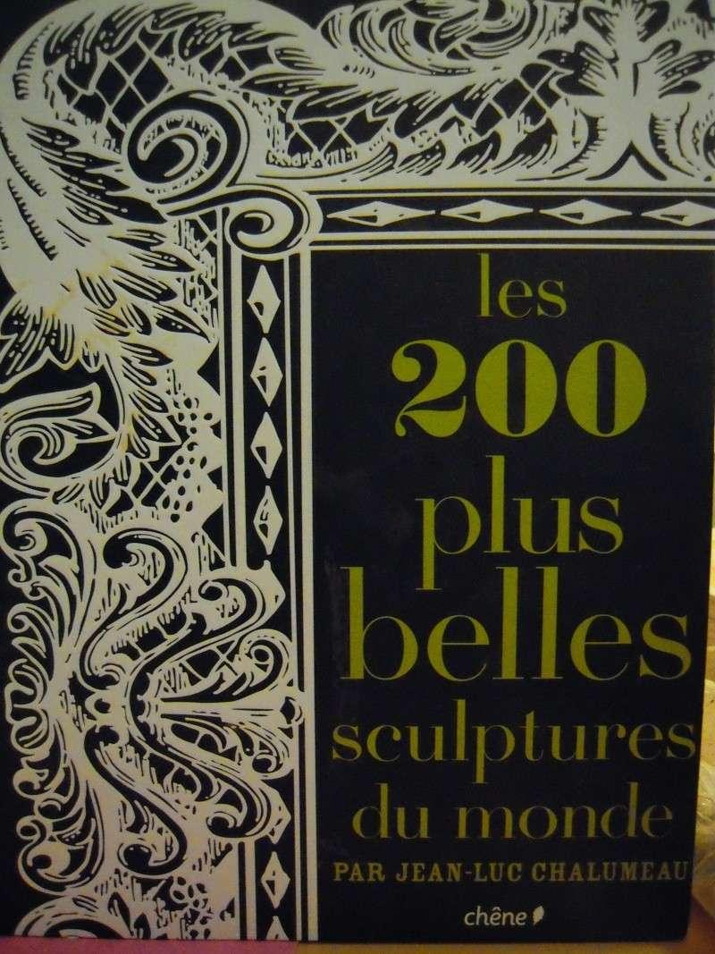 Livres et sculpture, divers, placard. Dscn0919