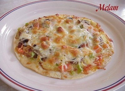 Pizza aux oeufs sur tortilla Pizza_12