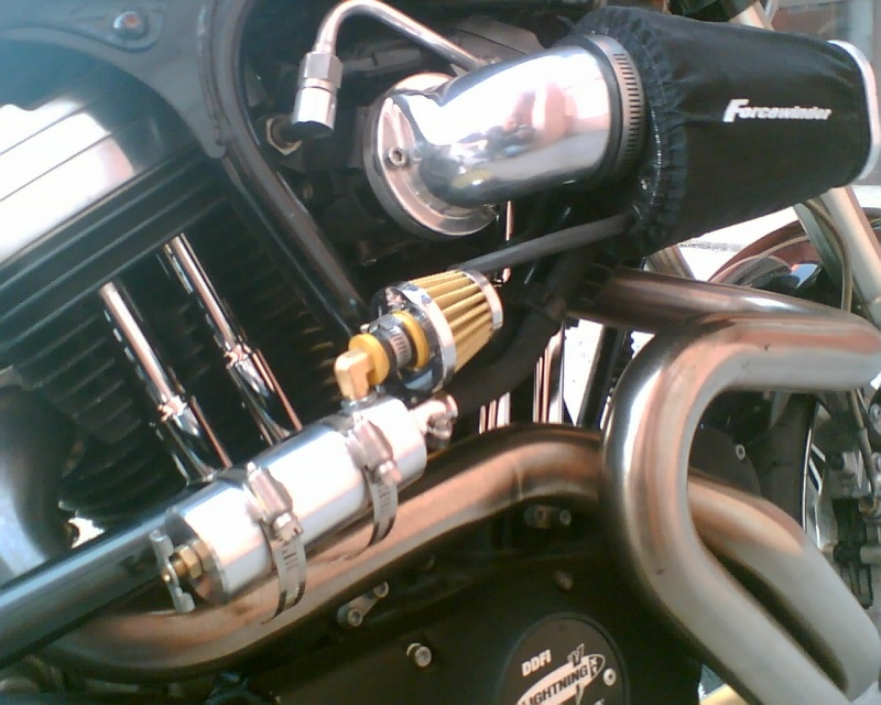 [TUB] Utilité des reniflards et radiateurs d'huile sur X1 - Page 3 Photo011