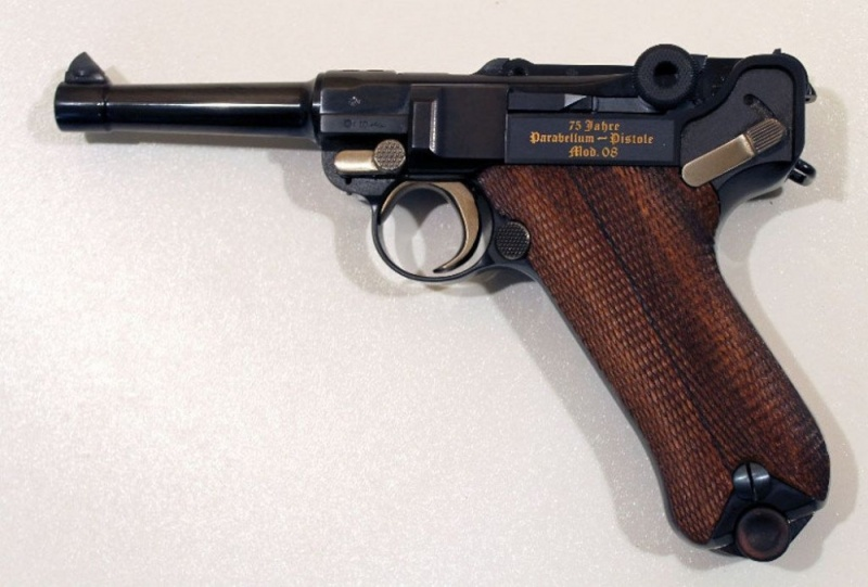 P08 commémo à vendre Pistol11