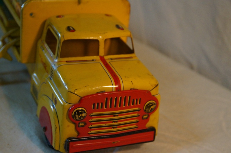 2 coca cola camion jouet 1940 and 1950  Coke_t14